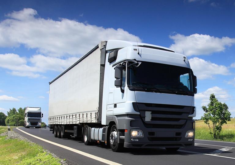 รถบรรทุกขนส่งสินค้า